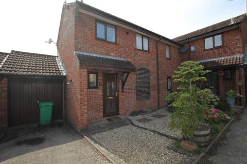 3 bedroom semi-detached house to rent - Merlin Close, Thornhill, Cardiff