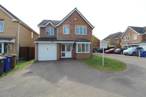 4 bedroom detached house for sale - Falcon Way, Beck Row, Bury St Edmunds