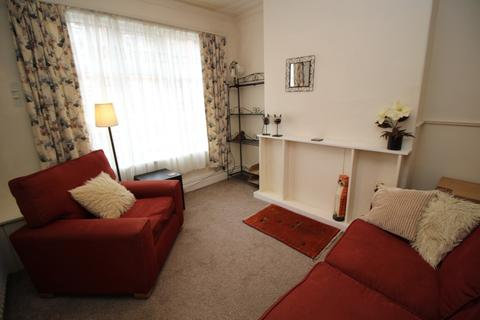 3 bedroom terraced house to rent - Richmond Road Richmond Road,  Manchester, M14