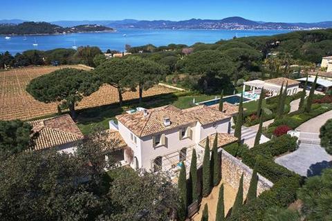 6 bedroom villa  - Les Parcs