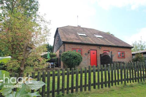 2 bedroom semi-detached house to rent - Bilsington Road TN26