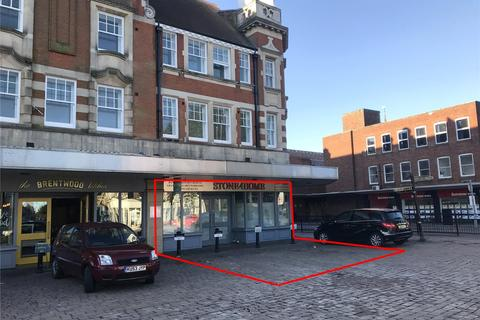 Retail property (high street) to rent - Ingrave Road, Brentwood, Essex, CM15