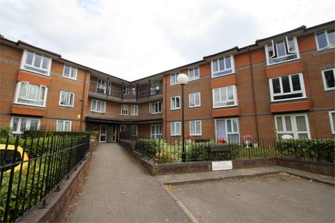 2 bedroom retirement property for sale - Beech Lodge, Farm Close, STAINES-UPON-THAMES, Surrey