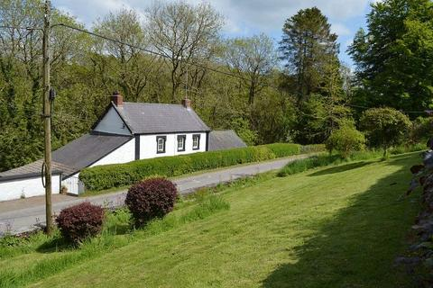 3 bedroom detached house for sale - Llanpumsaint, Carmarthen
