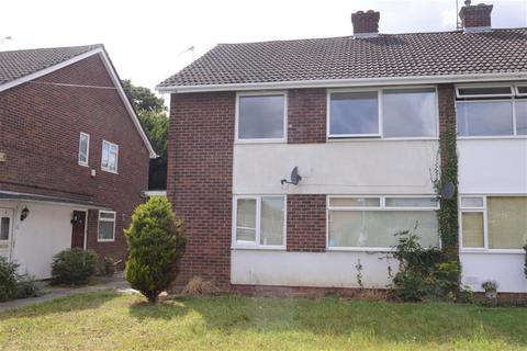 2 bedroom flat for sale - Fairlawn, Oldland Common, Bristol, BS30 9PU
