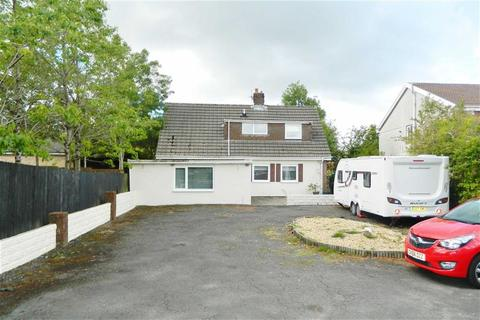 3 bedroom detached house for sale - Carmarthen Road, Gendros