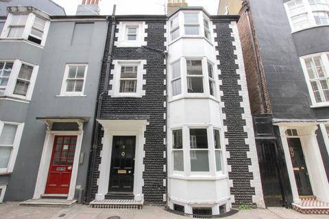 3 bedroom terraced house for sale - Charles Street, Brighton
