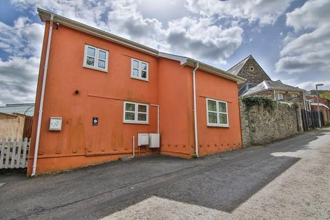 2 bedroom cottage for sale - Back Road, Gilwern, Abergavenny