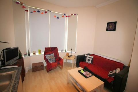 1 bedroom ground floor flat to rent - Connaught Road, Roath - Cardiff