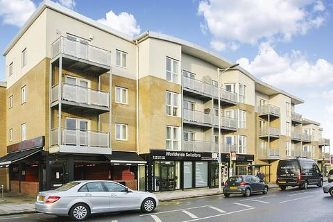 1 bedroom apartment for sale - Aztec House, High Road, IG1