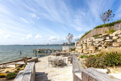 2 bedroom apartment for sale - Sandbanks Road, Poole, Dorset BH14