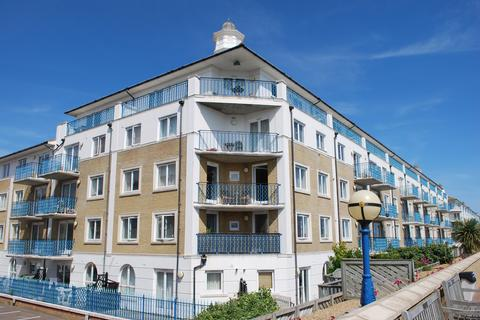 3 bedroom penthouse to rent - Merton Court, The Strand, Brighton Marina  BN2