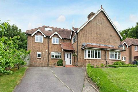 5 bedroom semi-detached house for sale - Hursley, Winchester, Hampshire
