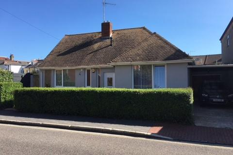 2 bedroom semi-detached bungalow to rent - St Catherine Street, Southsea