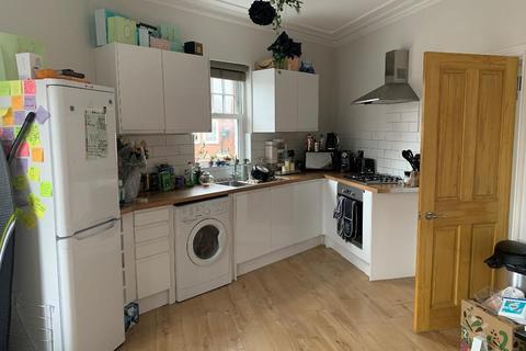 2 bedroom maisonette to rent - Margravine Road, Hammersmith, London, W6 8LS