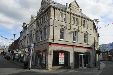 Office to rent - Prime Retail Unit, 2 Caroline Street, Bridgend, CF31 1DQ