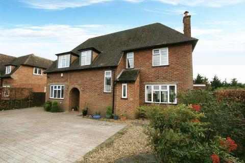 5 bedroom detached house to rent - Fairfield Lane, Farnham Royal, Buckinghamshire SL2