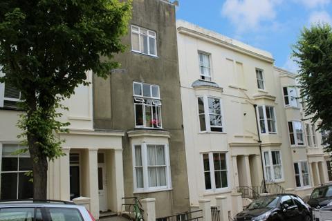 2 bedroom flat to rent - York Road