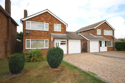 3 bedroom detached house to rent - Westland Road, Cottesmore