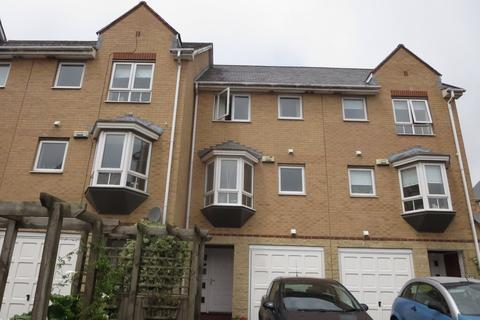 3 bedroom terraced house to rent - Chandlers Way, Penarth