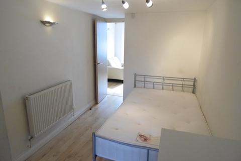 1 bedroom flat to rent - Moy Road, Roath, Cardiff
