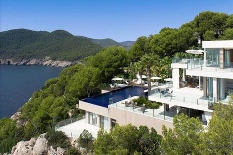 22 bedroom villa  - San Juan, Illes Balears