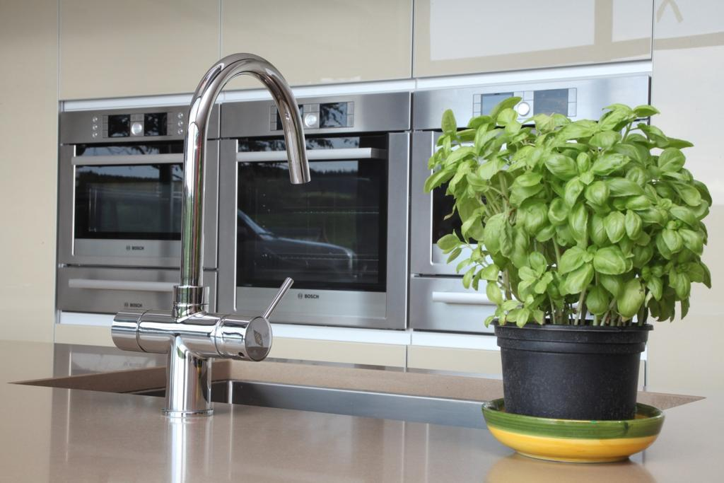 Example of Kitchen F