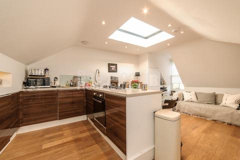 1 bedroom flat for sale - Brixton Hill, Brixton, SW2