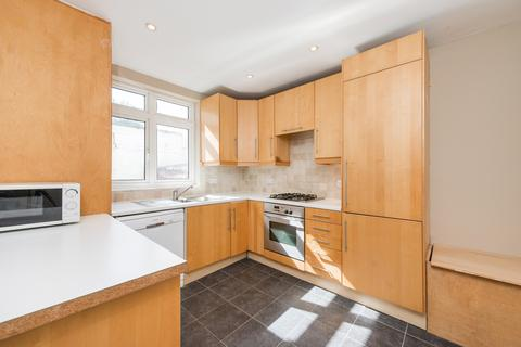 3 bedroom flat to rent - Lavenham Road, Southfields, SW18