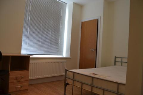 6 bedroom house share to rent - R2 62, Coburn Street, Cathays, Cardiff, South Wales, CF24 4BS