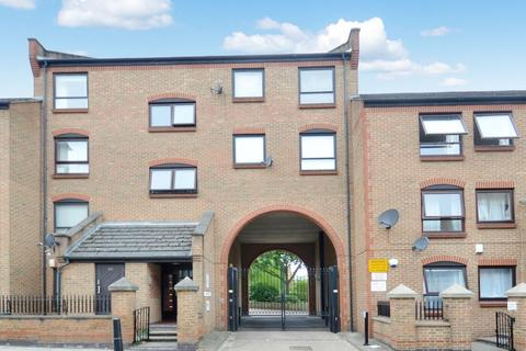 2 bedroom flat for sale - Horseshoe Close, Isle of Dogs E14