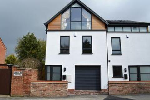 3 bedroom semi-detached house to rent - Derby Street, Lincoln, LN5