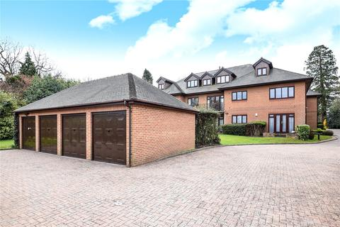 2 bedroom apartment for sale - Gladesmere Court, 3 Carew Road, Northwood, HA6