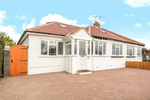 4 bedroom bungalow for sale - Athol Gardens, Pinner, HA5