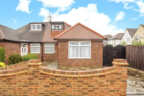 2 bedroom bungalow for sale - Crossway, South Ruislip, Middlesex, HA4