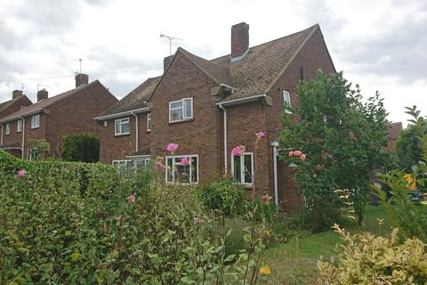 4 bedroom semi-detached house to rent - Knights Road Hoo ME3