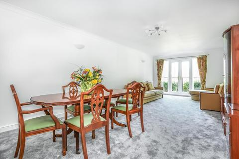 3 bedroom apartment to rent - Eastbury Avenue, Northwood, HA6 3LN