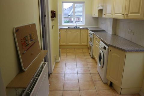 4 bedroom semi-detached house to rent - Hillside Avenue, Canterbury