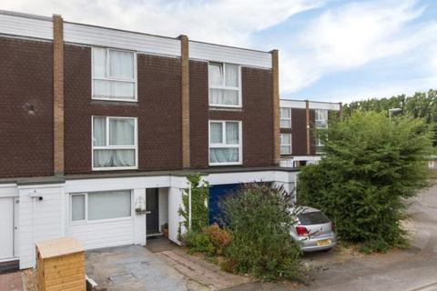 4 bedroom terraced house to rent - Winchmore Drive, Trumpington, Cambridge