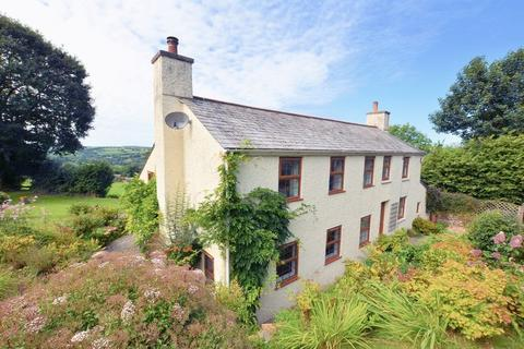 4 bedroom cottage for sale - WOW! Look at that view!