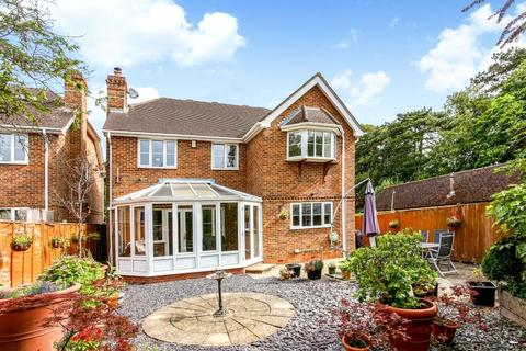 5 bedroom detached house for sale - Viables Lane, Basingstoke, Hampshire, RG22
