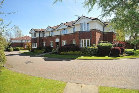 2 bedroom apartment to rent - Pinewood Road, Wilmslow