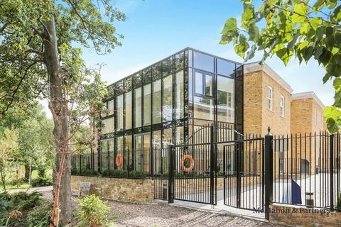 4 bedroom semi-detached house for sale - 26 Rush Grove Street, London