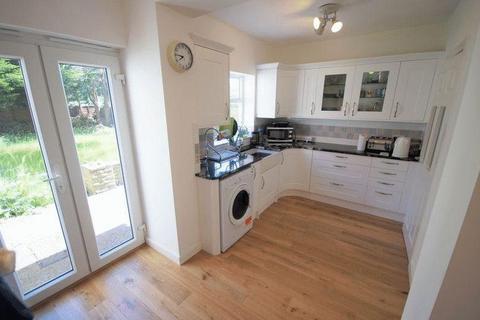 4 bedroom terraced house to rent - Galliard Road, Edmonton, London