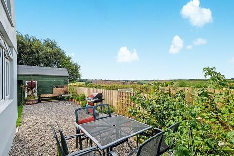 4 bedroom end of terrace house for sale - Cuby Close, Tregony