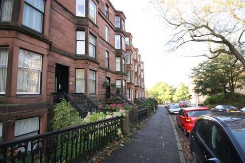 3 bedroom flat to rent - Flat 2/1, 47 Kelvinside Gardens G20 6BQ