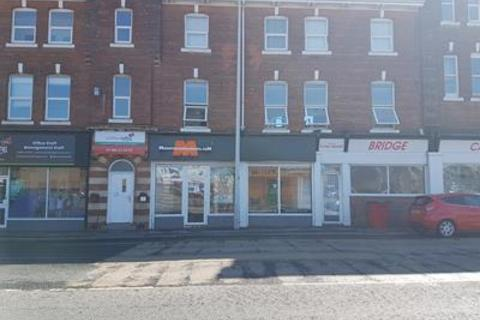 Shop to rent - 6 New Cleveland Street, Hull, East Yorkshire