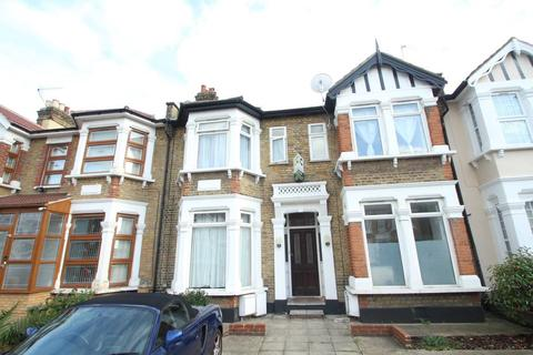 2 bedroom flat to rent - Ilford