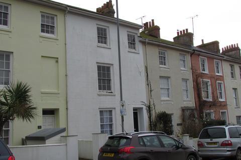Studio to rent - Clarence Street, Penzance TR18