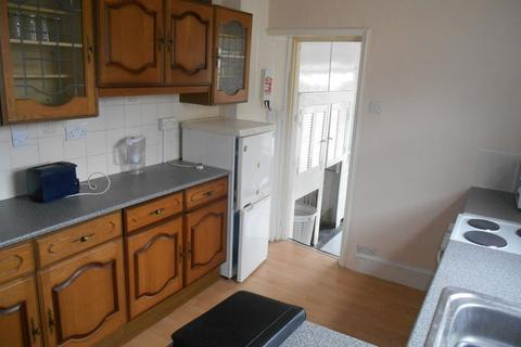 2 bedroom flat to rent - Somers Road, Southsea